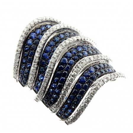 18K WHITE GOLD SAPPHIRE AND DIAMOND RING WITH BLUE SAPPHIRES