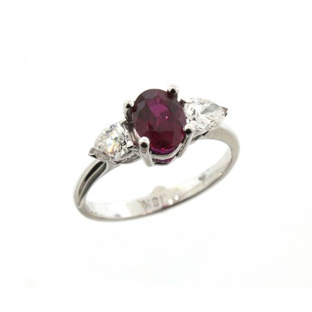 18K RUBY & DIAMOND ACCENT RING