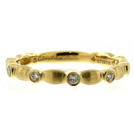 14K YELLOW GOLD SATIN FINISH DIAMOND BAND