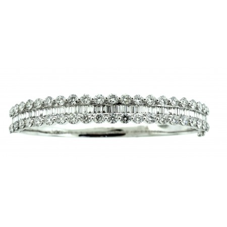 18K WHITE GOLD DIAMOND BANGEL