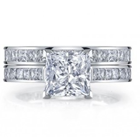 18K White Gold Princess Cut Diamond Engagement Ring and Wedding Band Set
