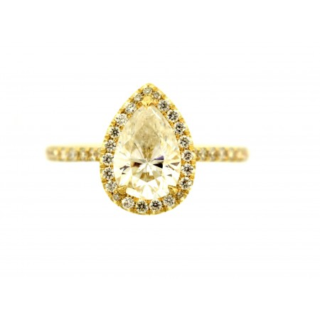 1.35 CARAT PEAR SHAPED DIAMOND ENGAGEMENT RING