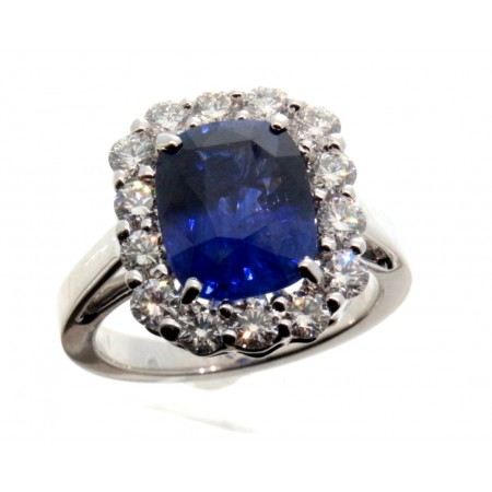 PLATINUM SAPPHIRE AND DIAMOND RING SET