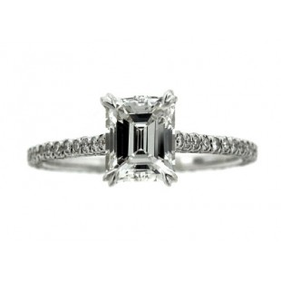 1.14 Carat Emerald Cut F\VVS2 Diamond Engagement ring